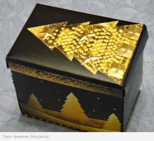 Коробка с елками